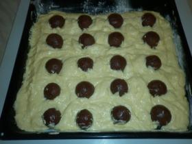 Csokigolyós, túrós sütemény