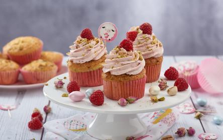 Málnás pisztáciás muffin rózsavízzel