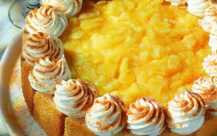 Almapürés sütemény