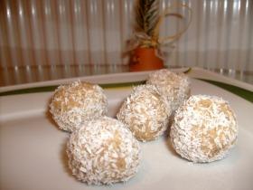 Fahéjas kókuszgolyó