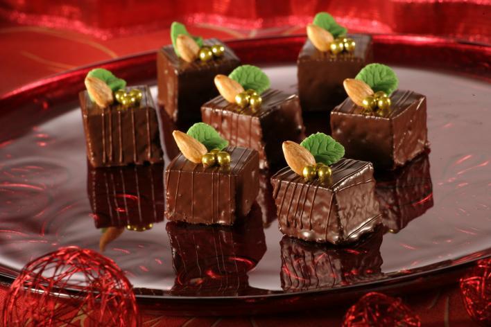 Karácsonyi Sacher kocka