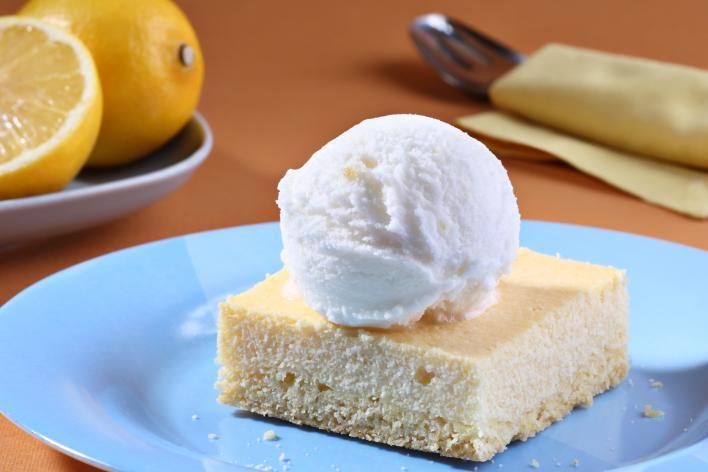 Túrótorta citrom sorbet jégkrémmel