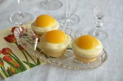 Vaníliás-barackos tojás muffin