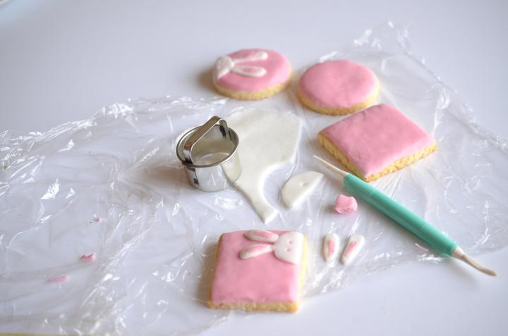 Kókuszos nyuszis keksz elkészítés 4. lépés képe